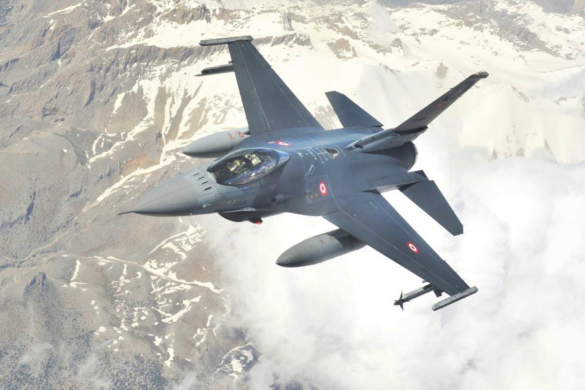 Турция применила особую тактику, сбивая самолеты в Сирии, - Москва и Асад не могут ответить