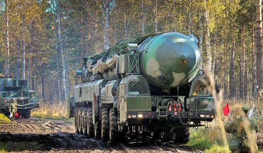 Кремль готовится к нападению: в ходе крупных военных учений ВС России отрабатывают пуск ракет по важным целям противника
