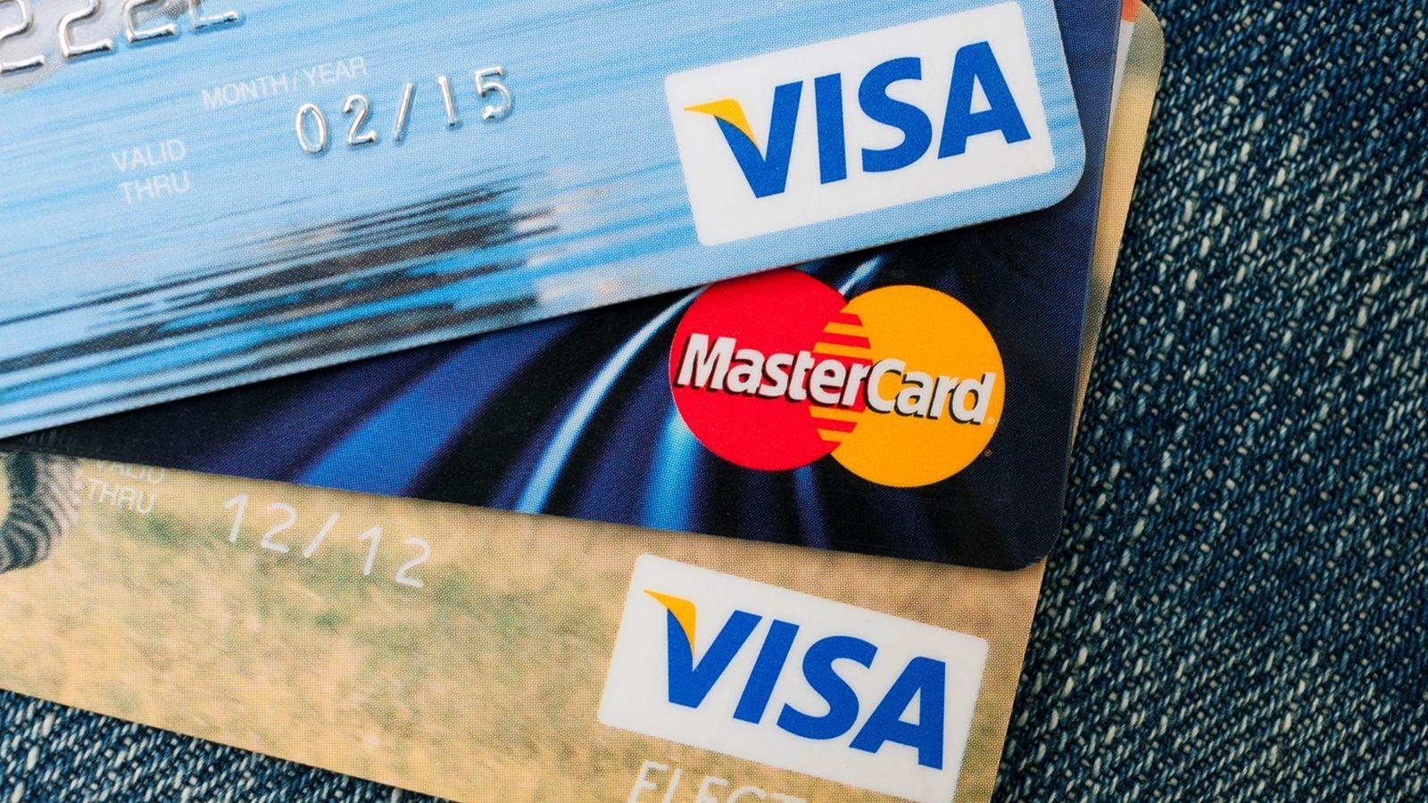 Moody's: Россия рискует остаться без Visa и MasterCard