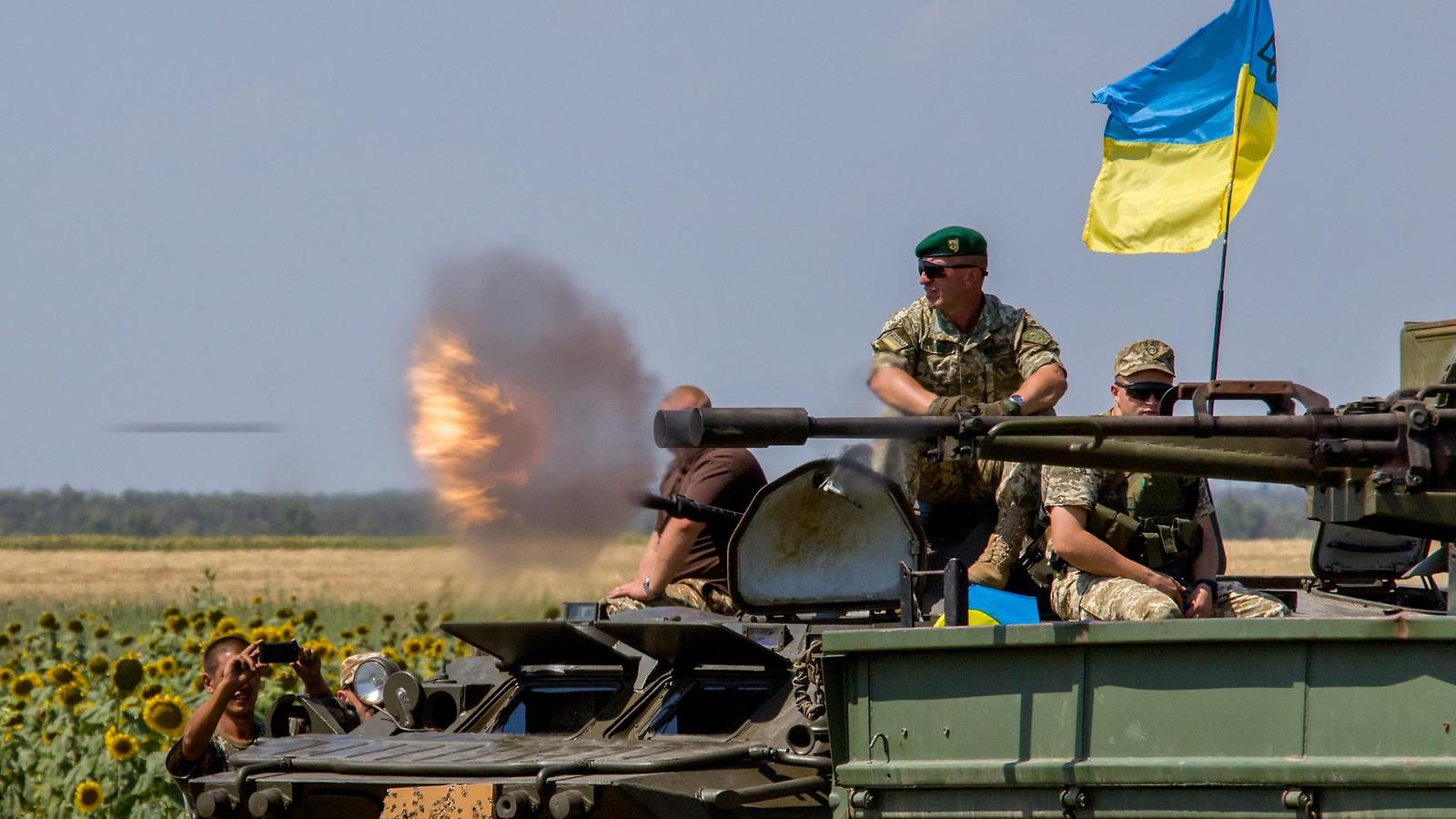 Шкиряк: Донбасс будет освобожден, Захарченко и Плотницкий, а также все их подельники, руки которых по локоть в крови невинно убиенных украинских граждан и наших воинов-героев, обязательно будут наказаны!