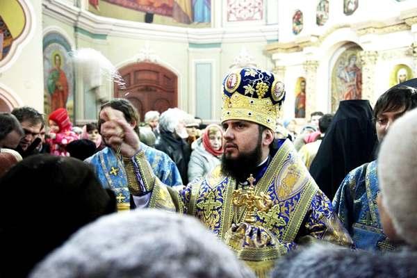 УПЦ МП еще больше поредела: в Хмельницкой области очередной приход перешел в Православную церковь Украины