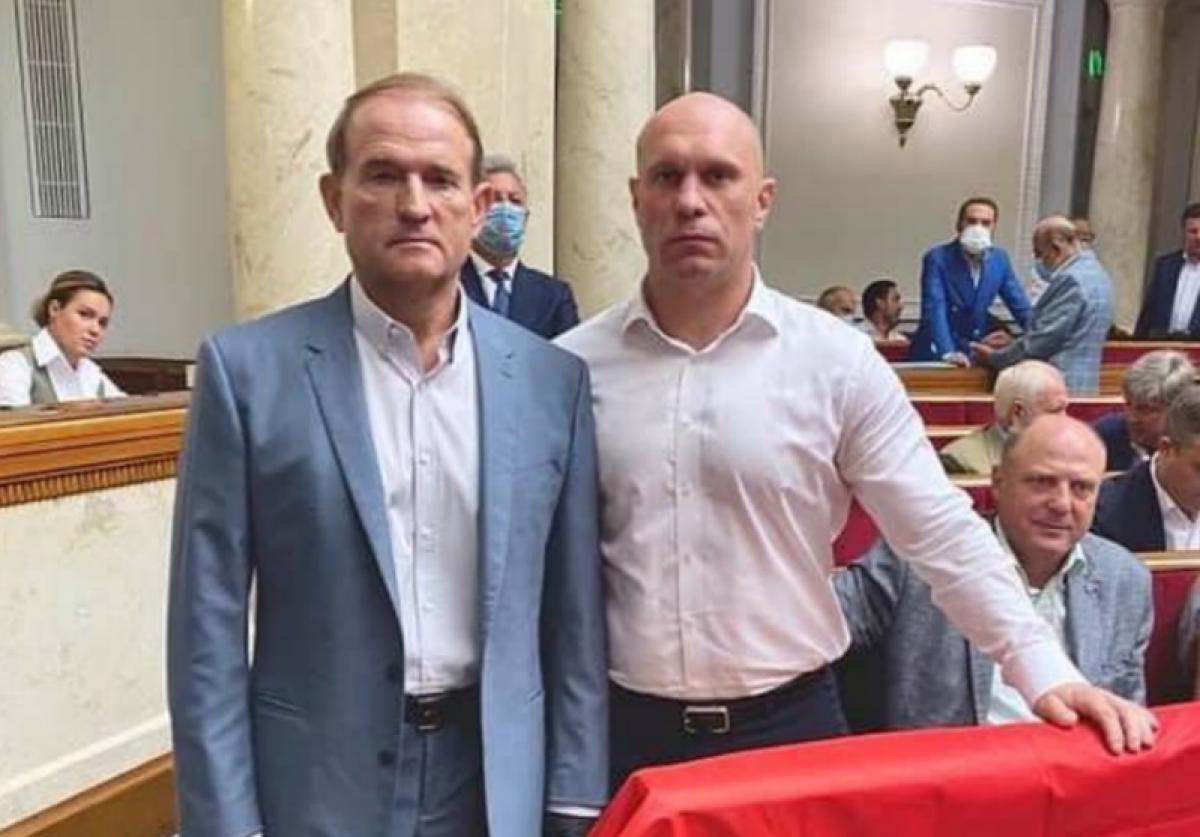Медведчук и Кива необычным способом поддержали Лукашенко из Рады: опубликовано фото