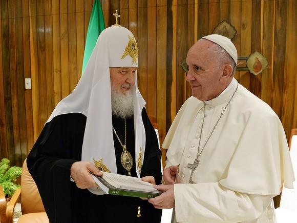 Патриарх Кирилл заявил, что защищать права человека - это ересь