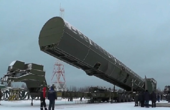 """Путин показал новые ядерные разработки и пригрозил уничтожить мир: """"Аналогов нет, эти ракеты неуязвимы"""", - кадры"""