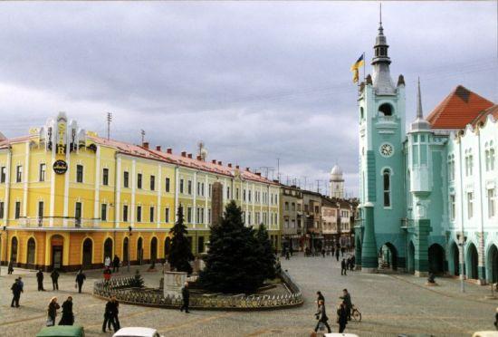 В Мукачево переименовали 8 советских улиц: теперь они носят имена погибших воинов АТО