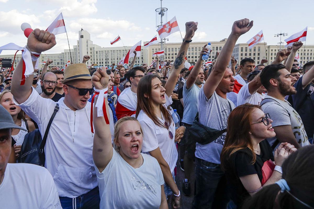 Беларусь на пороге экономического кризиса: заводы уходят на забастовку, шахты прекращают работу
