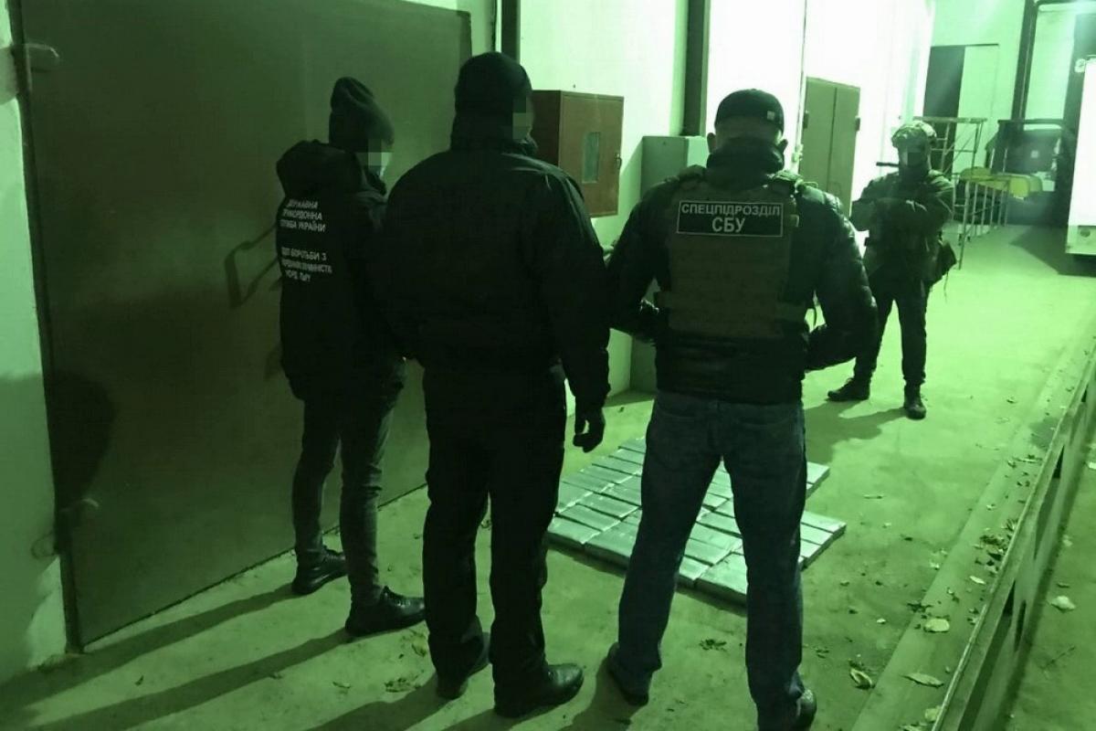 СБУ перехватила партию тяжелого наркотика на $12 млн - ехала в Евросоюз