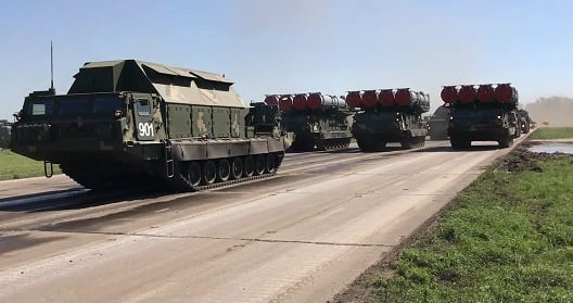 Американские СМИ: Кремлю уже не до шуток - небо Украины будет закрыто уникальными системами ПВО С-300В1 - кадры