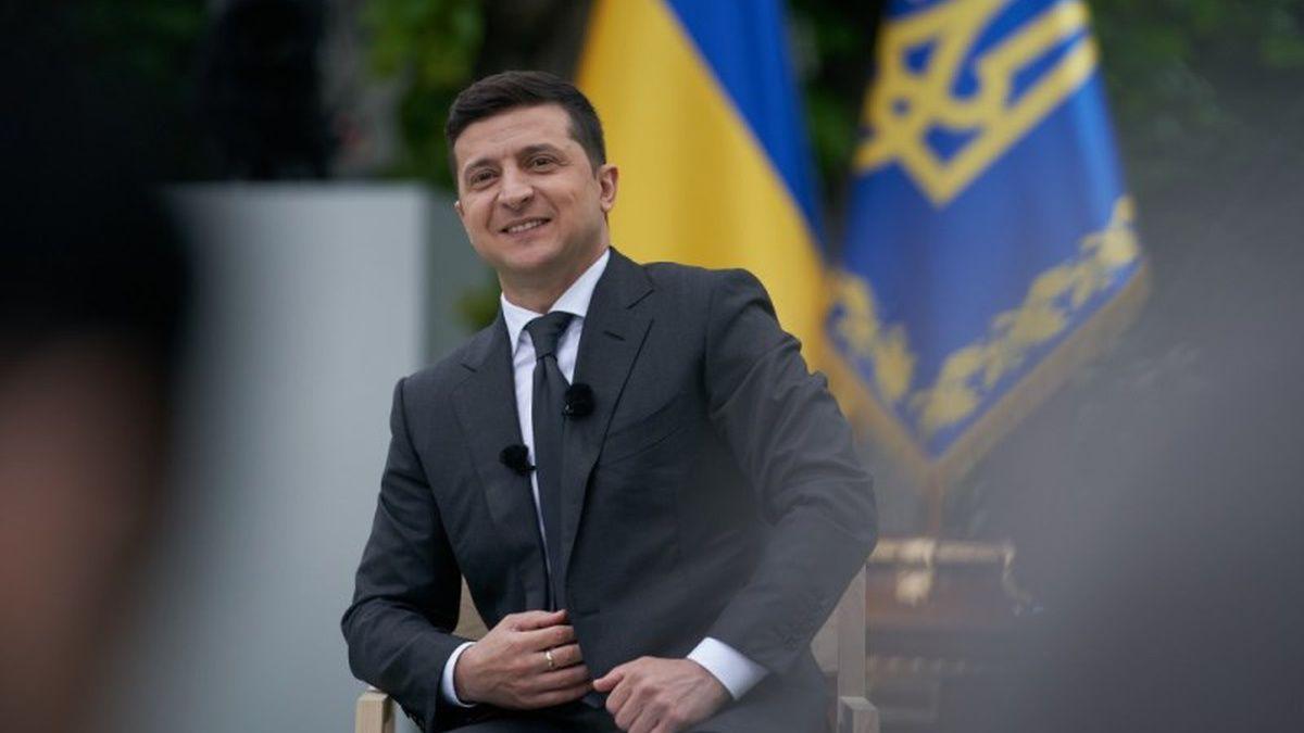 Рейтинг Зеленского сильно вырос, а Бойко просел на фоне заседаний СНБО