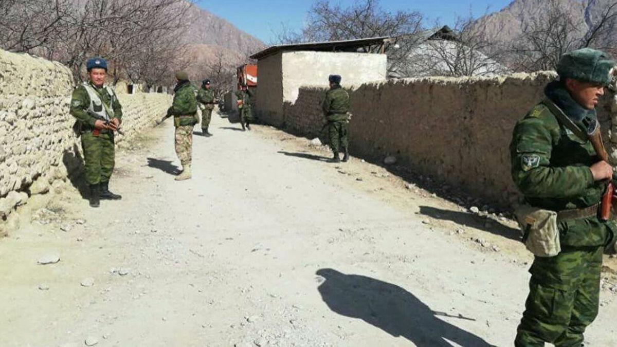 Последние данные о происходящем на границе Кыргызстана и Таджикистана: уже двое погибших и десятки раненых