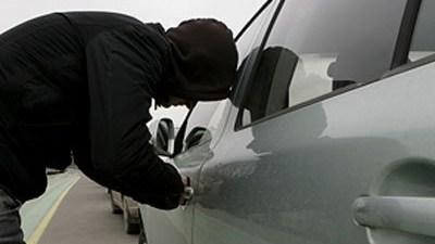 В Донецке массово угоняют автомобили: за сутки похищено 11 машин