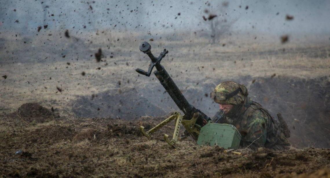 Боевики на Донбассе вновь нарушили перемирие: ВСУ 7 раз попали под обстрел - штаб ООС