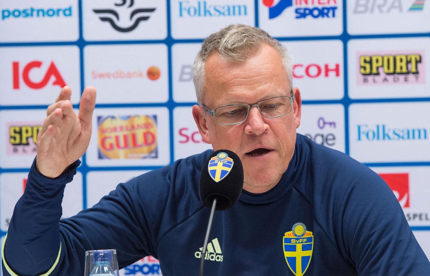 Тренер шведов пошутил над Шевой накануне противостояния в матче Евро - 2020