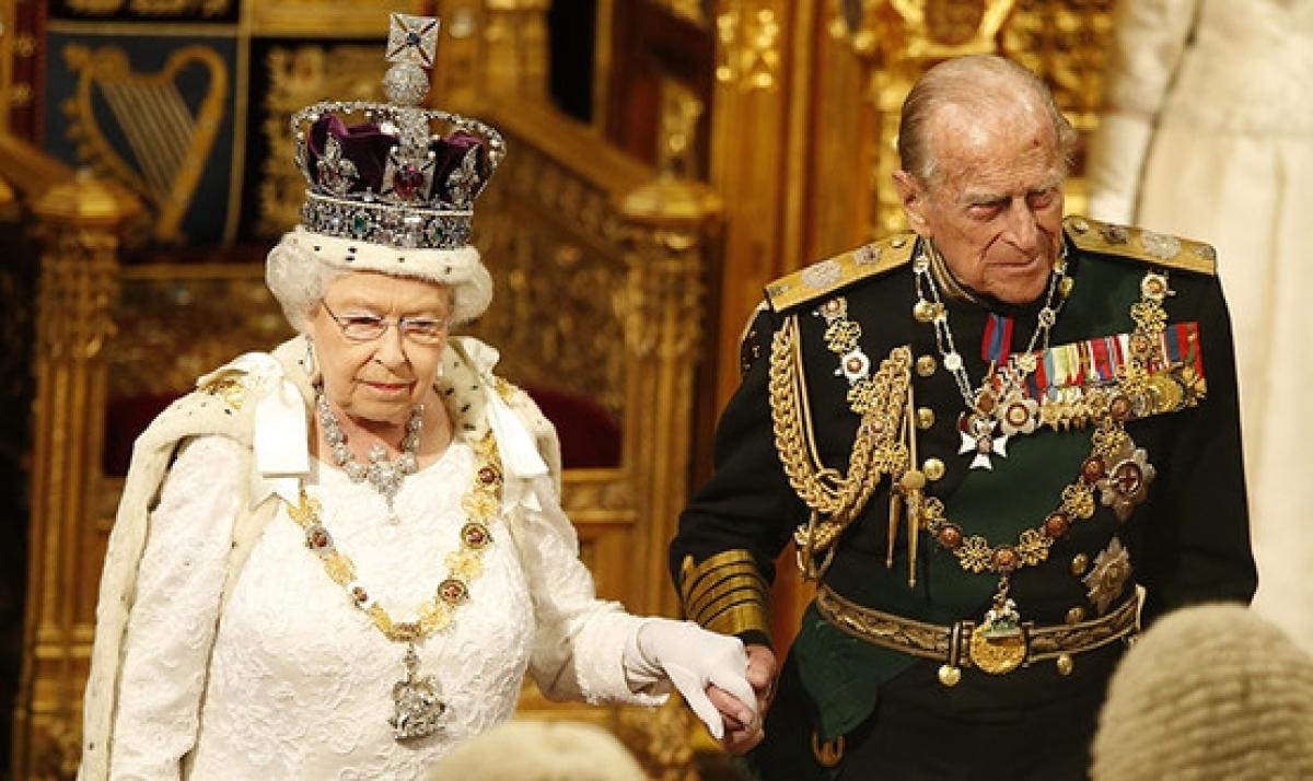 В свой 94-й день рождения королева Елизавета II отменила давнюю традицию