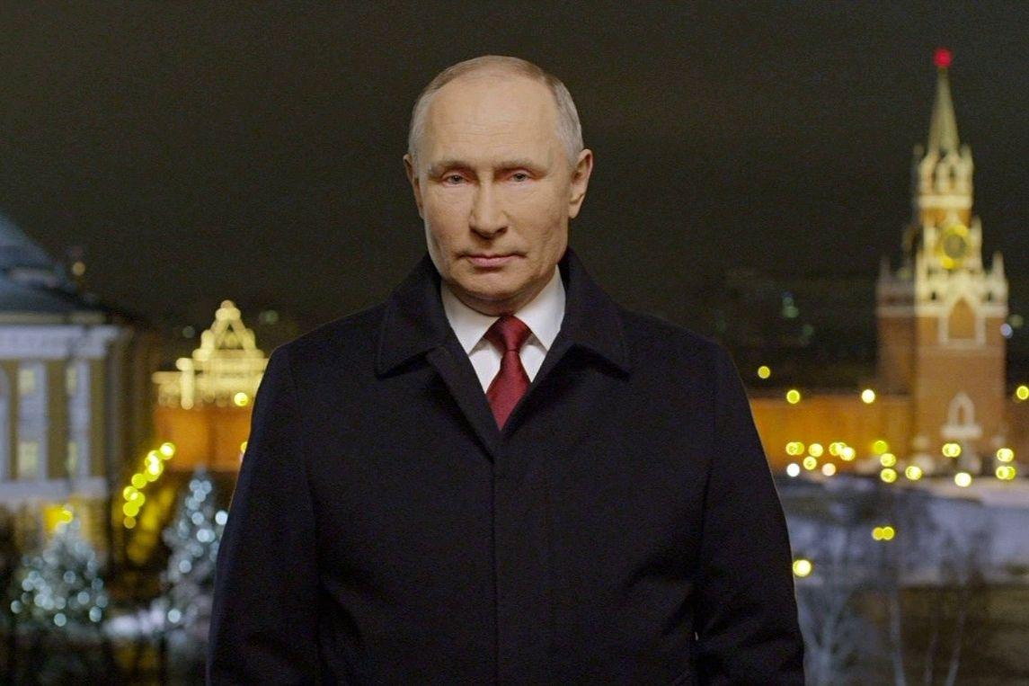 Новогоднее поздравление от Путина забросали дизлайками - каналы РФ отключали комментарии