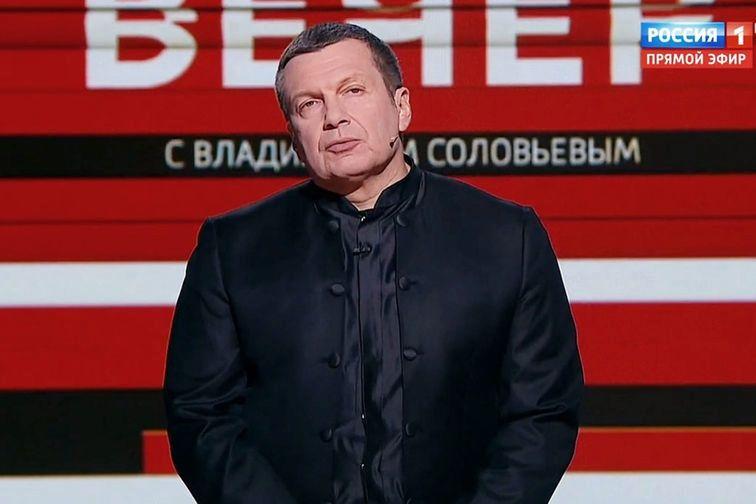"""Соловьев с экрана росТВ призвал Кремль ввести войска и """"Буки"""" на Донбасс - хочет повторения МН17"""