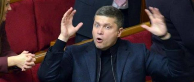 У нардепа Ризаненко забрали права и оштрафовали за езду в нетрезвом виде, но он не грустит