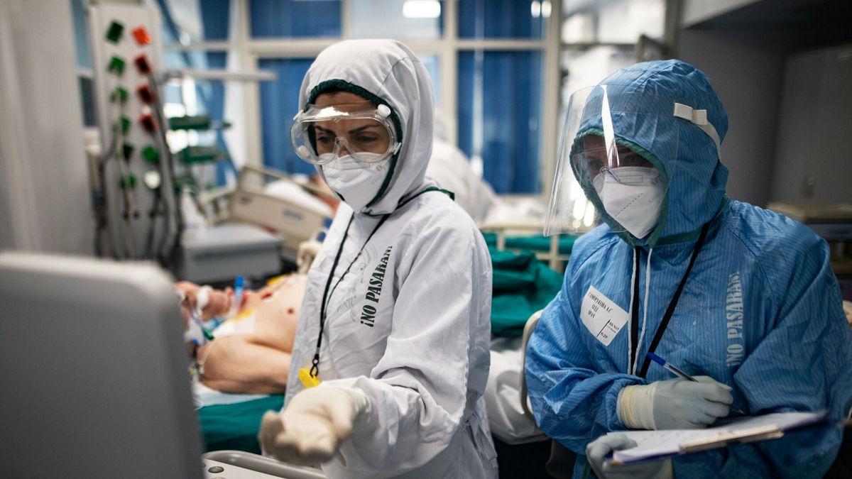 """""""Багато разів обманював нас"""", – головний інфекціоніст США назвав ймовірний період кінця пандемії COVID-19"""
