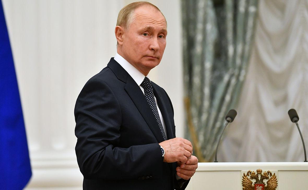Путин продолжает терять рейтинги - такого не было с 2013 года: появились новые данные опроса