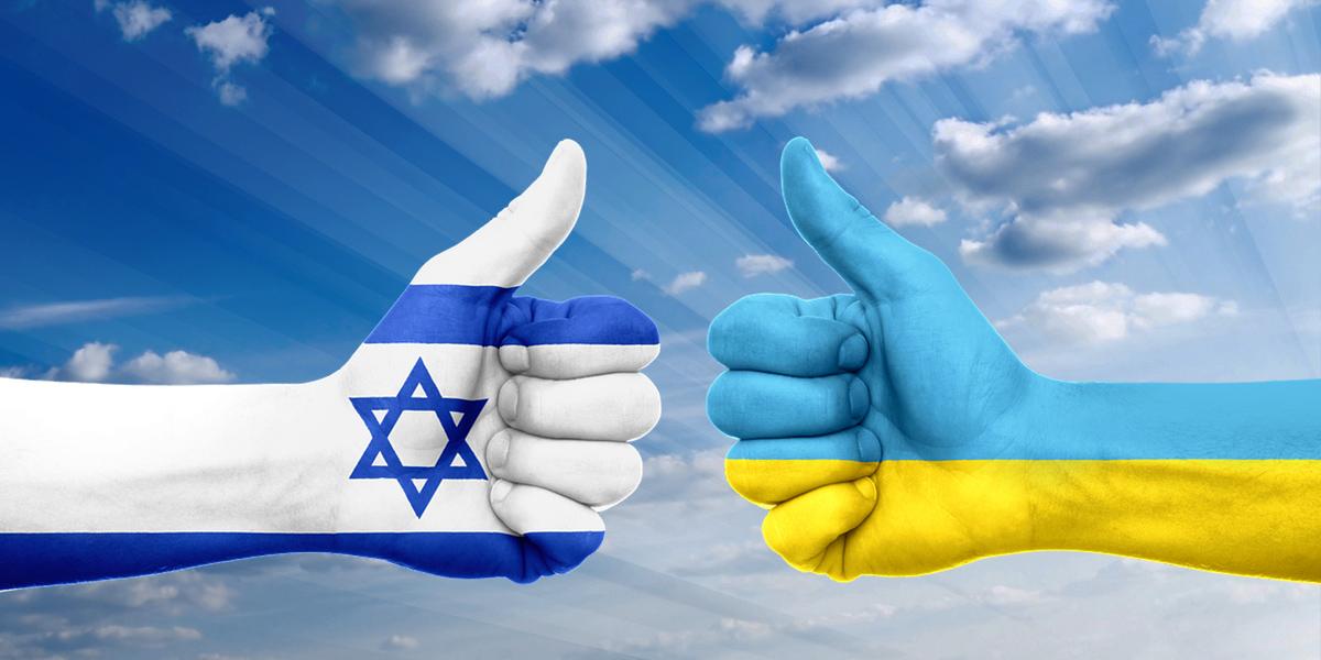 """""""Без вас, русские, разберемся, кто нам друг, а кто – враг! Знайте, что фашист, ряженный в борца с фашизмом, это даже не цинизм, а гротеск"""", – израильский эксперт Соломон Манн"""
