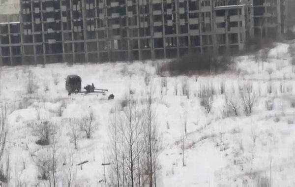 В Макеевке местные жители прогнали оккупантов, захотевших пострелять из двора жилого дома