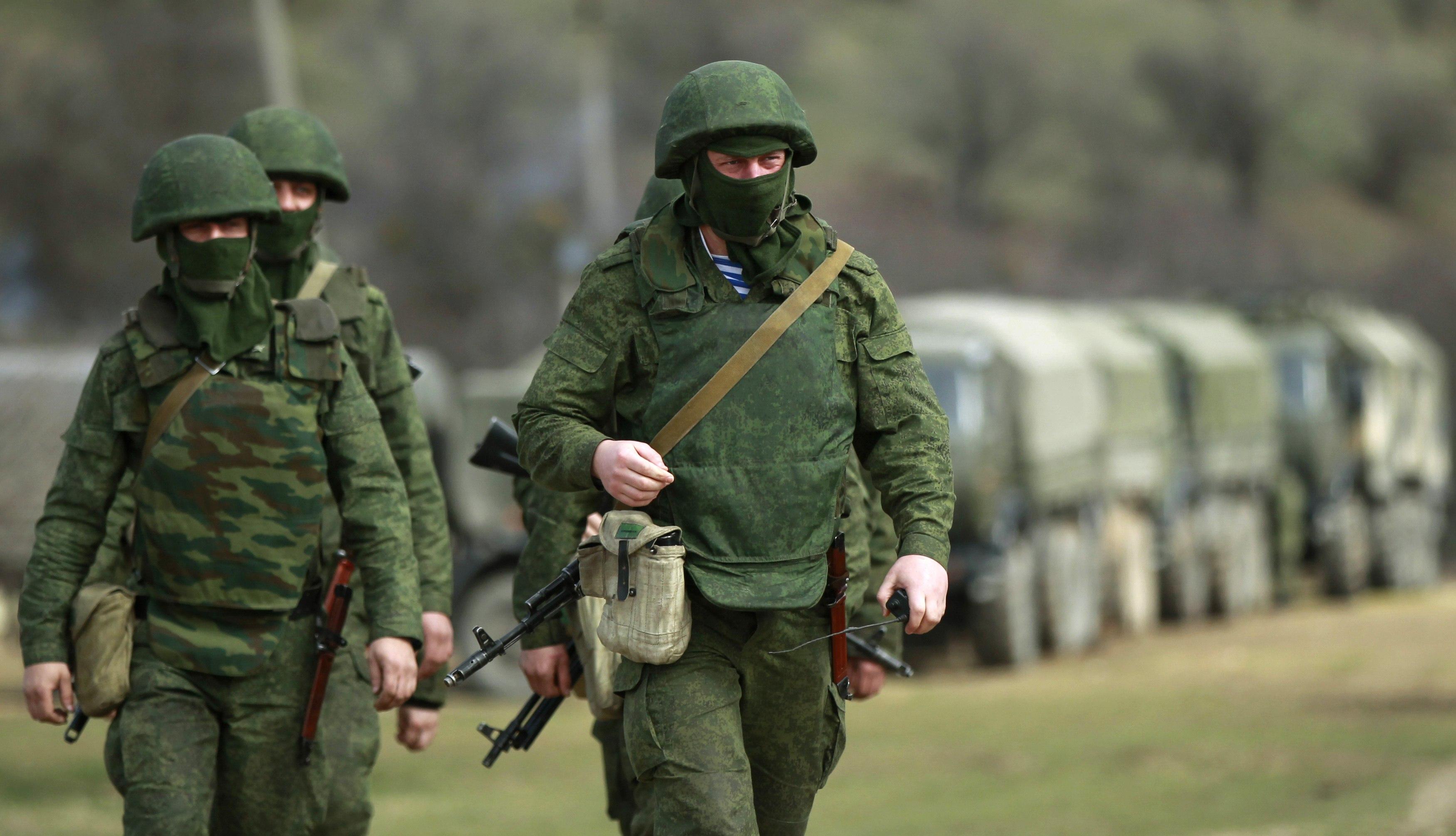 Джанкойский район взят в оцепление: из воинской части Армянска сбежала вооруженная группа дезертиров. Есть убитые и раненые