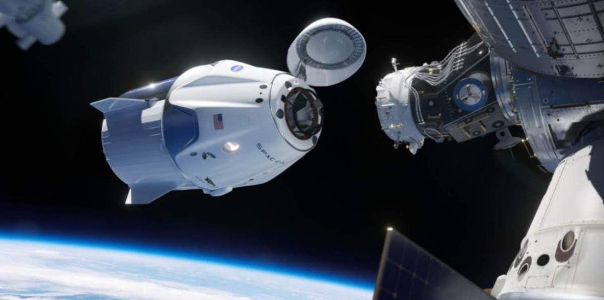 Второй пилотируемый запуск SpaceX на МКС: полет астронавтов прошел успешно