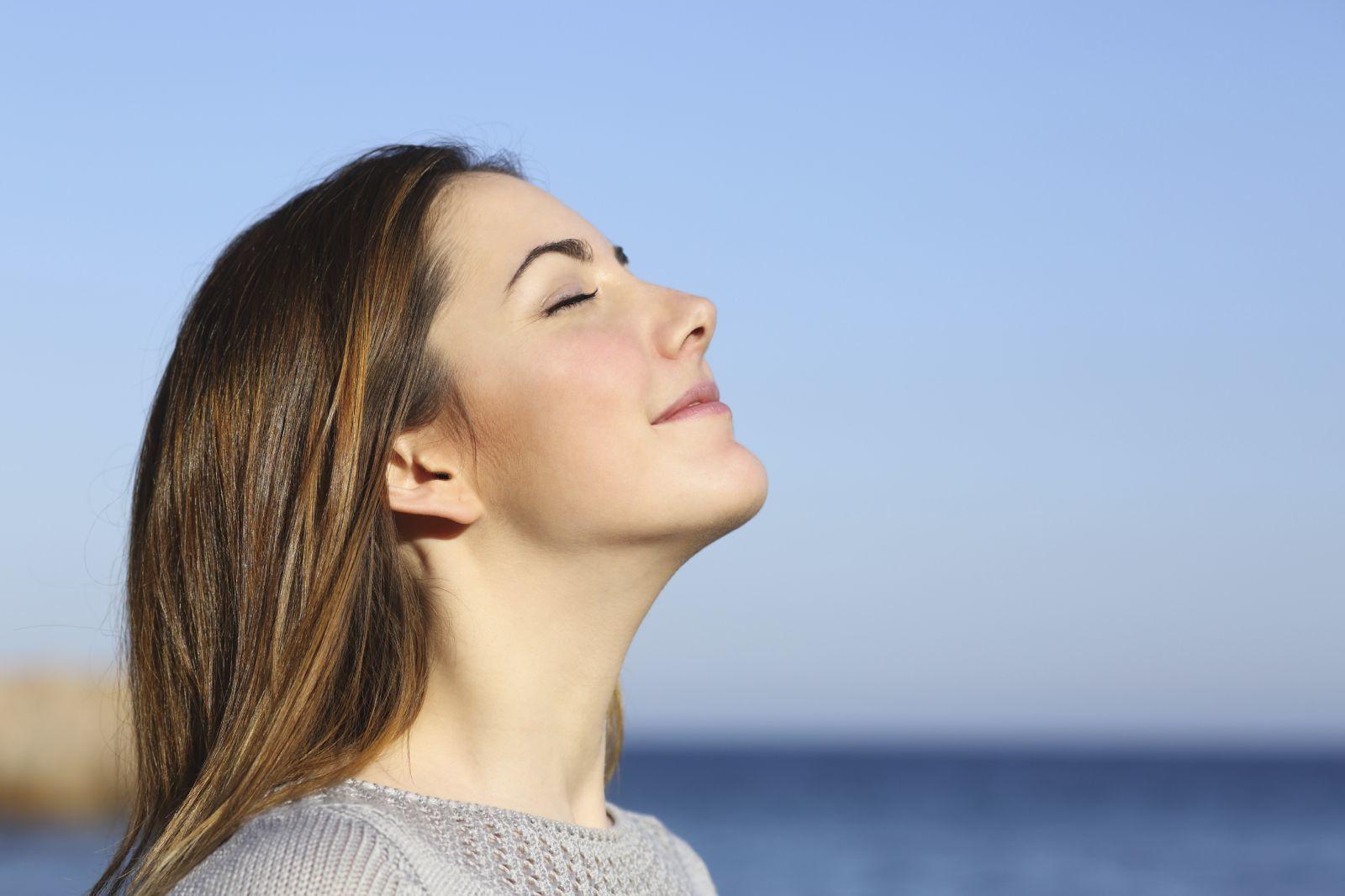 """Стоматолог объяснила, чем опасно постоянно дышать ртом: """"На это нужно обратить внимание"""""""