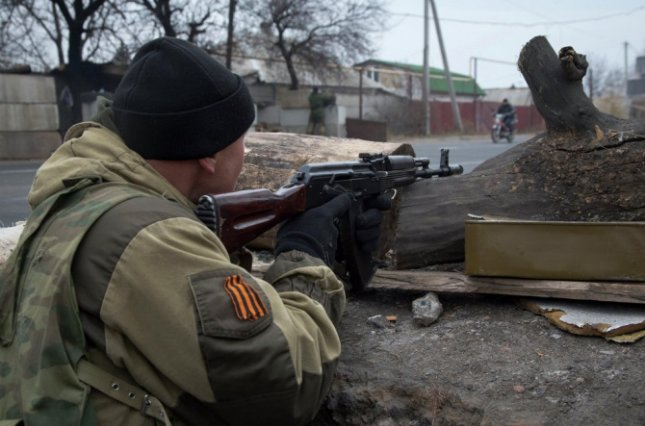 Боевикам на Донбассе понадобились паспорта Украины: ситуация в Луганске и Донецке в хронике онлайн