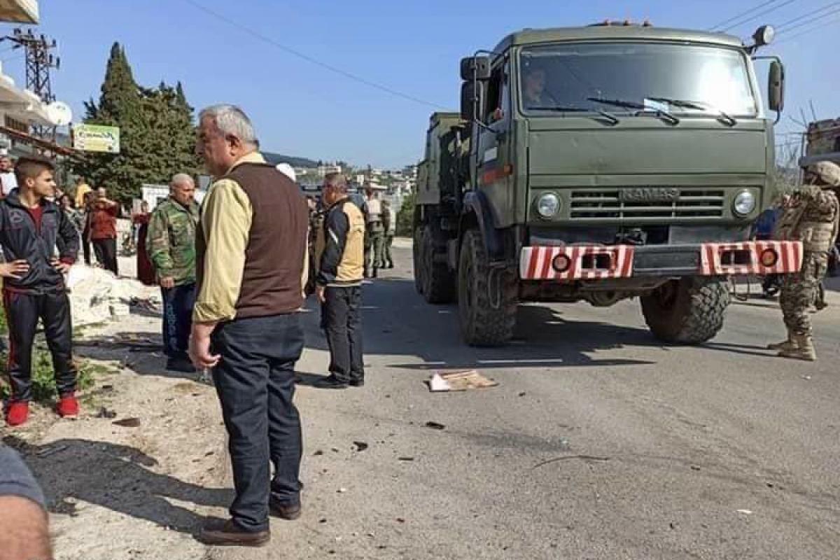 В Сирии КамАЗ армии России влетел в автобус с местными жителями: много погибших военных и гражданских
