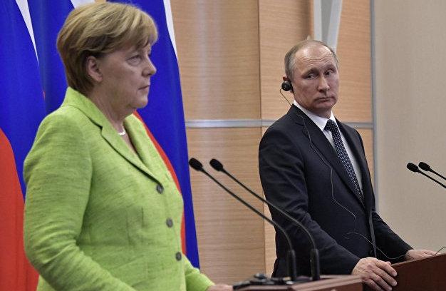 """Обсуждался подробный план: из Кремля """"всплыл"""" важный инсайд о разговоре Путина и Меркель о Донбассе"""