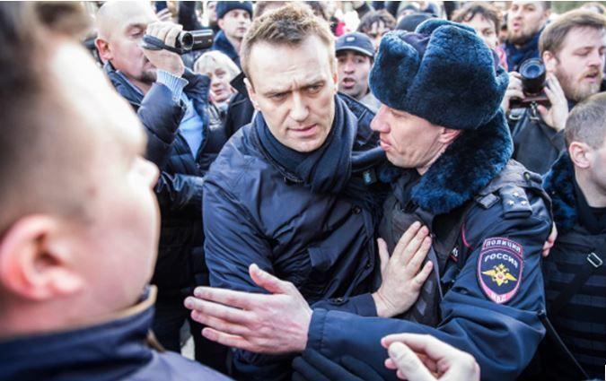 России послан серьезный сигнал после задержания Навального: заявления США, Литвы, Эстонии, Польши