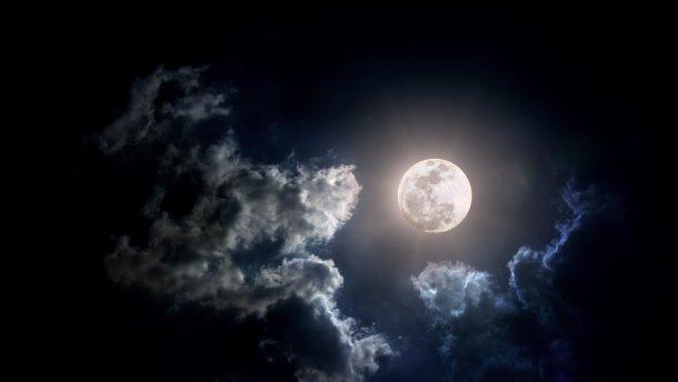 Луна была создана искусственно: эксперты озвучили главные тезисы