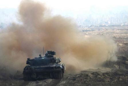 """Канонада """"хлебного перемирия"""": на Светлодарской дуге оккупант устроил артиллерийскую дуэль с силами АТО"""
