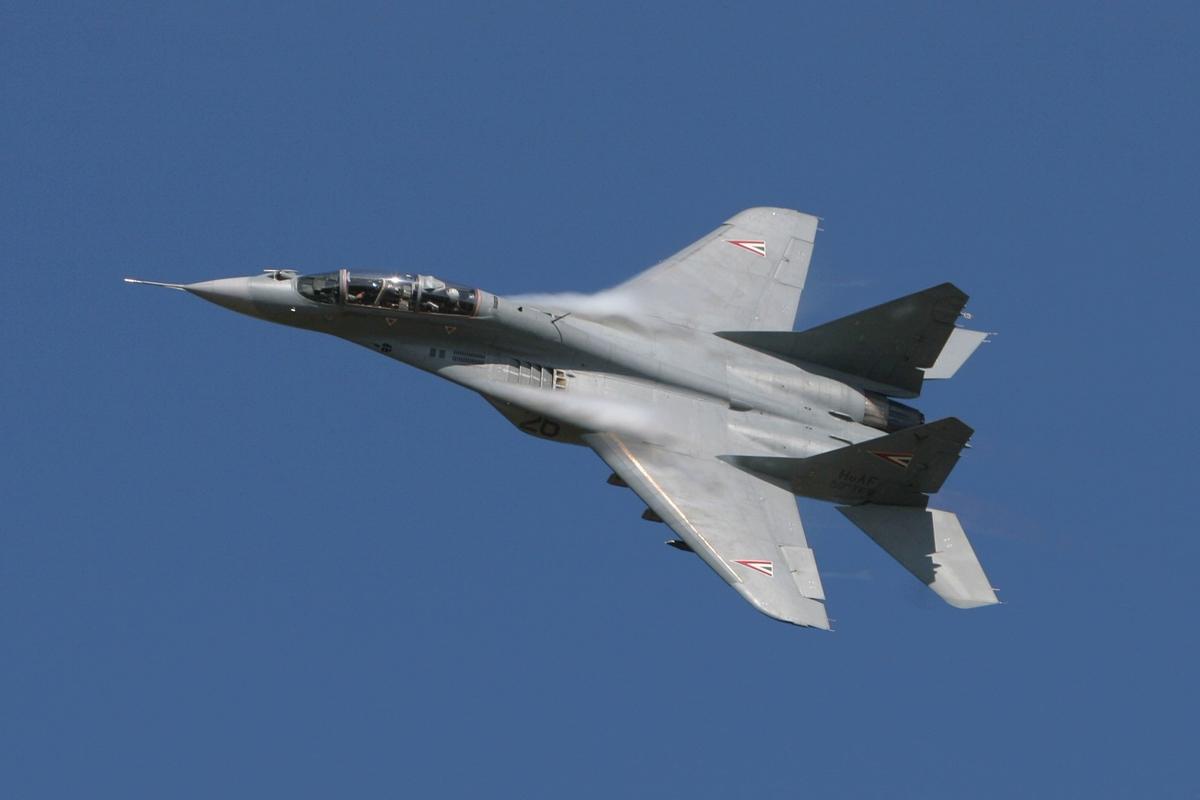 """Разведка США: Россия потеряла в Ливии два тайно переброшенных истребителя """"МиГ-29"""""""