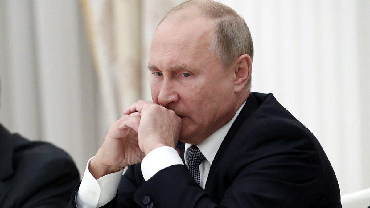 Мюрид: власть в России попала в грогги, хороших ходов нет