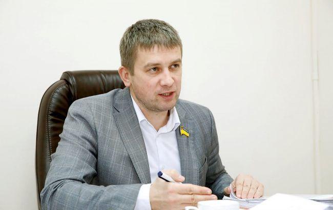 В Запорожье совершено нападение на депутата: четверо в масках караулили Майстро на улице