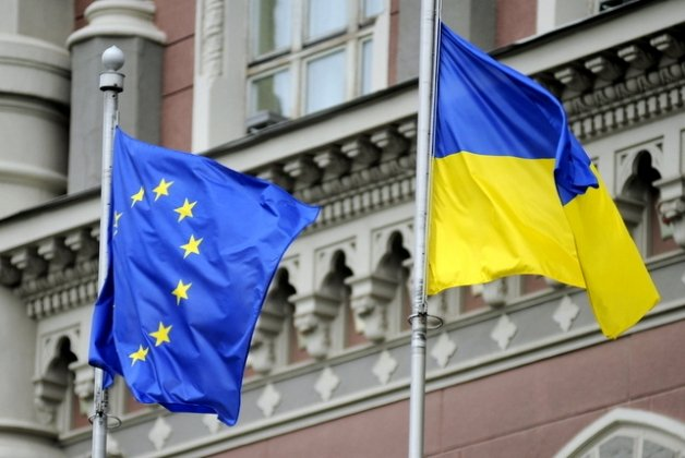 """СМИ: Провал нового Кабмина """"поставит крест"""" на будущем Украины"""