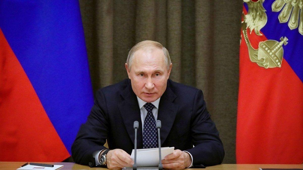 """""""Кто обзывается, тот сам так называется"""", – в Сети собрали """"яркие"""" ругательства от Путина"""