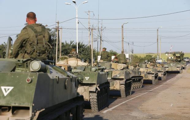 СМИ: В сторону границы с Украиной движется российская бронетехника