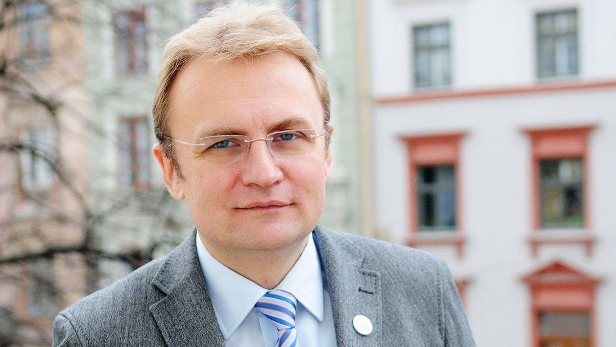 Садовой выступил против партии Порошенко из-за попытки узурпации власти во Львове