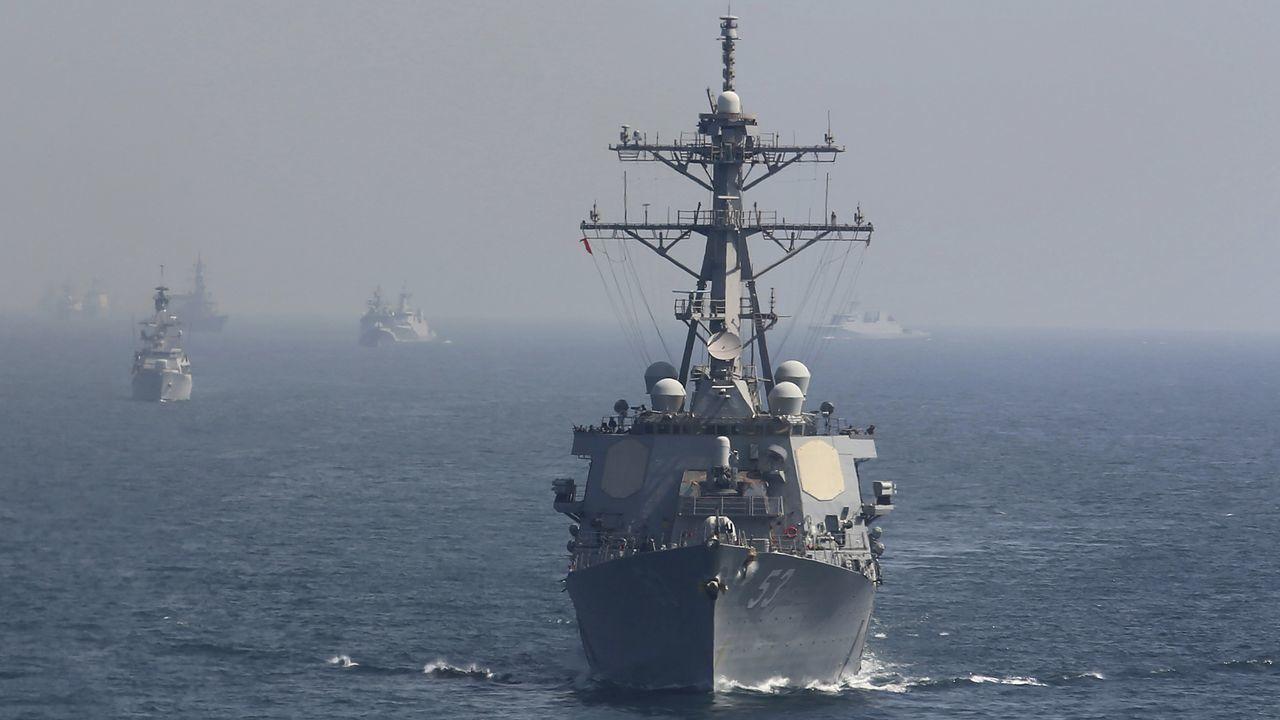 СМИ назвали причину, по которой ракетные эсминцы США не вошли в Черное море