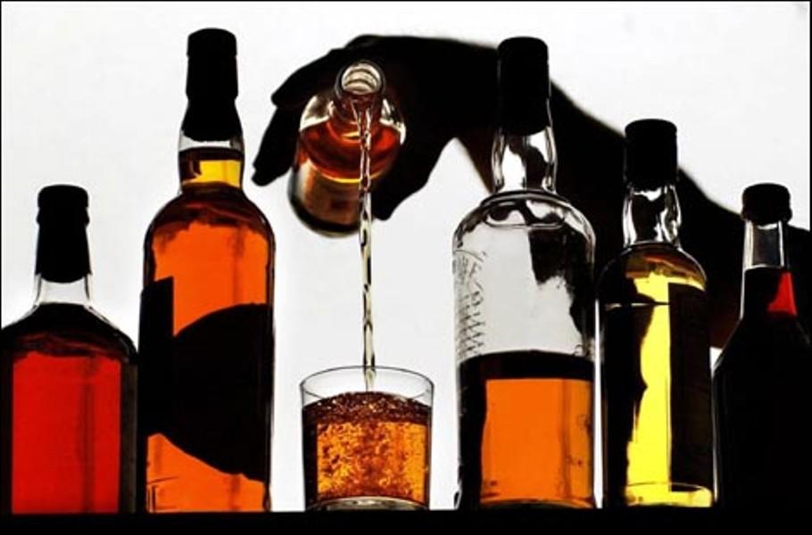 Кабмин хочет повысить акцизы на алкоголь и сигареты в Украине