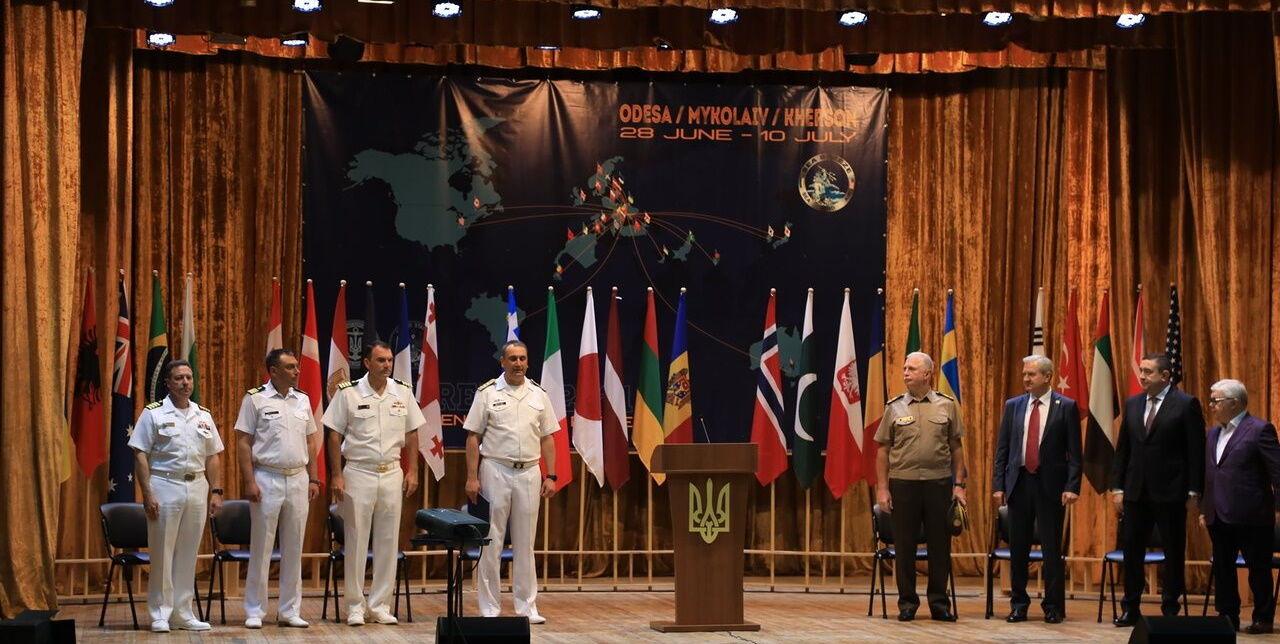 Капитана британского эсминца Defender представили к украинской медали по итогам учений Sea Breeze-2021