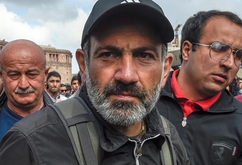 Ситуация в Армении снова накаляется: лидер протестов Пашинян призвал армян на новый митинг - подробности
