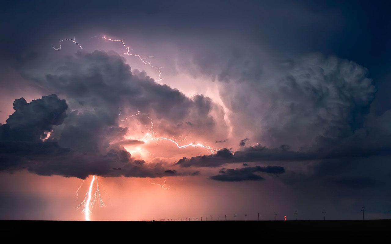 Непогода охватит всю Украину: от града и молнии до схода оползней