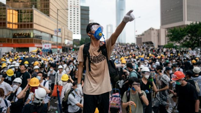 майдан, происшествия, протесты, полиция, видео, студенты, протестующие, гонконг, видео