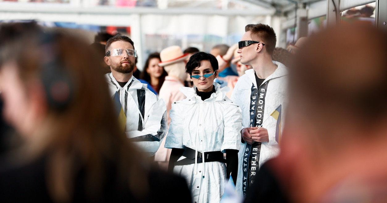"""Церемония открытия """"Евровидения 2021"""": самые яркие кадры первого дня конкурса"""