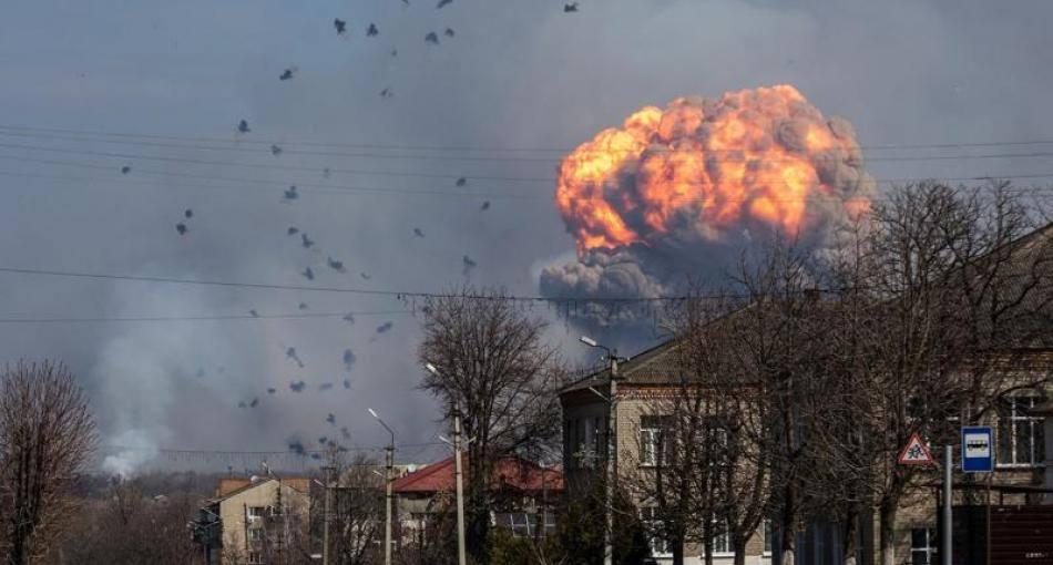 Время оценить масштабы трагедии: Бутусов сообщил о прекращении взрывов в адском пожаре на складе ВСУ в Калиновке