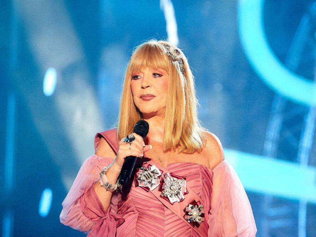 Пугачева стала блондинкой и помолодела на несколько лет: в Сеть попали кадры, как теперь выглядит Примадонна